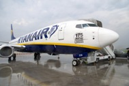 A Ryanair Boeing 737-800 celebrating the order for 175 more